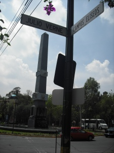 Street corner in Polanco.